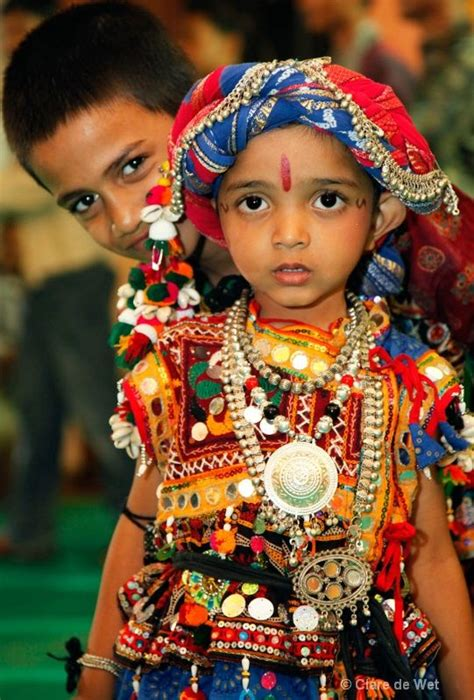 gujarat biography in hindi young indian child in traditional costume kinderkleding
