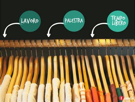organizzare armadio i consigli per fare ordine e organizzare lo spazio nell