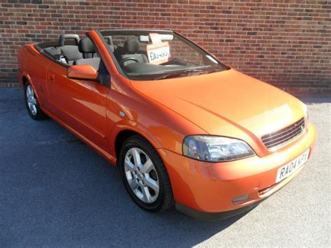 vauxhall orange used vauxhall astra 2004 petrol 1 8 16v 2dr convertible