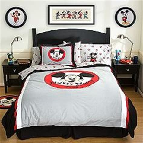 Disney Home Decor For Adults by Disney Bedroom Living In A Grown Up World