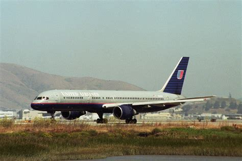 united airlines wikipedia file united airlines boeing 757 jpg wikimedia commons