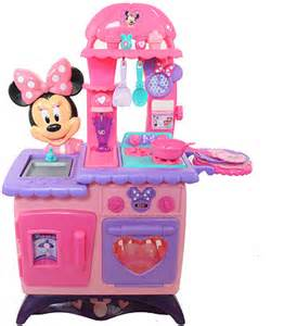minnie mouse kitchen set minnie mouse bow tique flippin kitchen toysrus