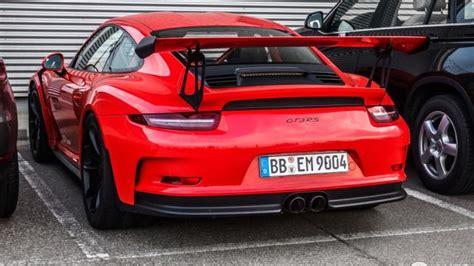 orange porsche 911 gt3 rs porsche 911 gt3 rs lava orange photographed up and