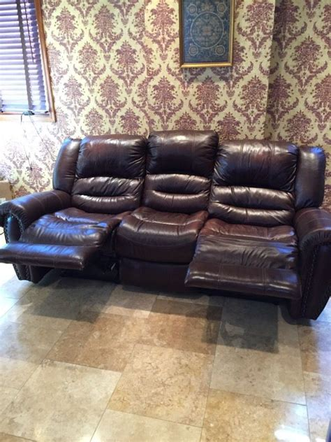 cole leather reclining sofa raymour flanigan cole leather reclining sofa furniture