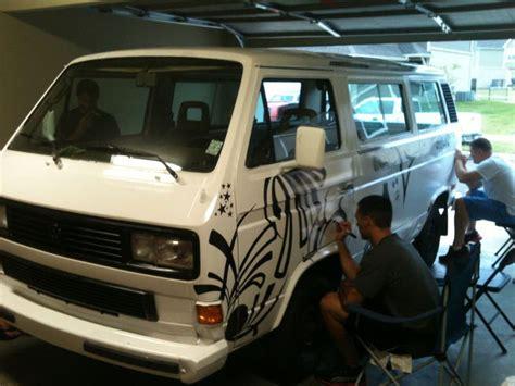 volkswagen van art sharpie art neighbors decorate a volkswagen van with