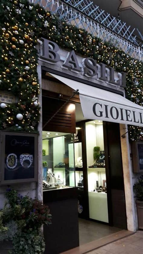 negozi candele roma oltre 1000 idee su vetrine di negozi su