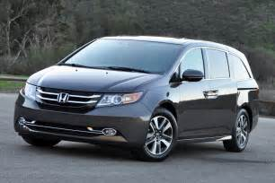 Honda Minivan 2015 2015 Honda Odyssey Review Autoweb