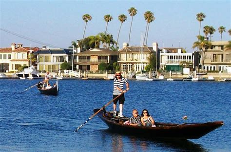 gondola boat ride in long beach rowing standing up