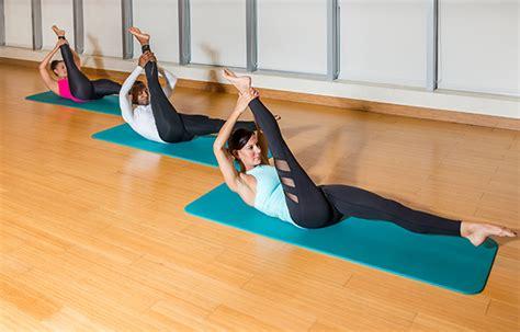 pilates a casa im 225 genes de ejercicios de pilates en casa