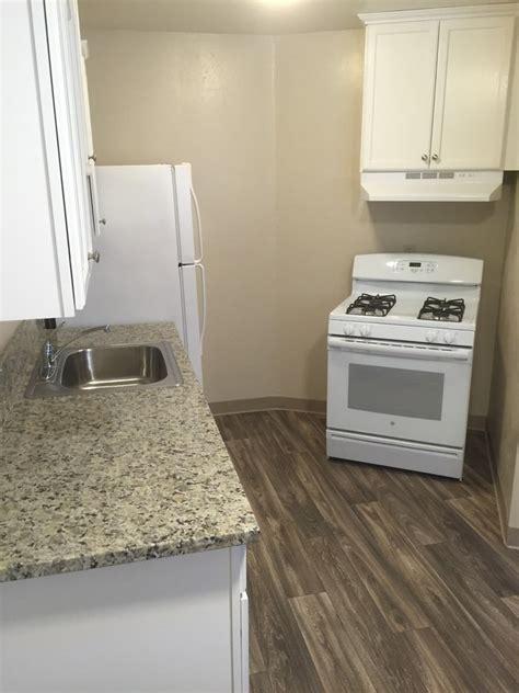 garden apartments 2 bedroom 1 bath 875sqft meadowlark hills continuing care retirement rosewood garden apartments rentals sacramento ca