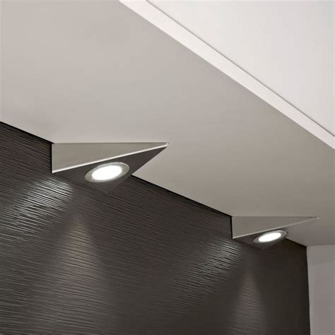 kitchen cabinet triangle led light in cool white 6000k