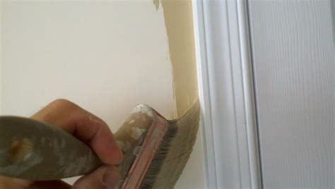 Cutting In A Ceiling by How To Cut In Walls And Ceilings When Painting A