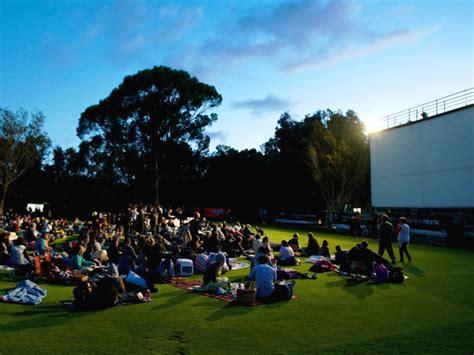 Outdoor Cinema Botanic Gardens Galileo Open Air Cinema South Tours And Safaris Blue Tours
