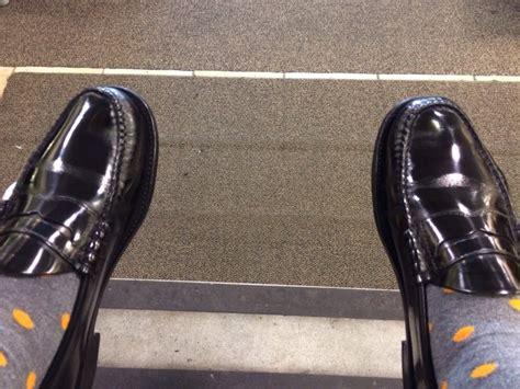 shoe shine near me shoe shine near me 28 images shoe shine stand stock