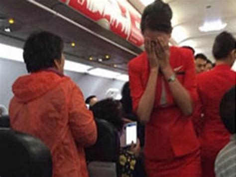 airasia incident air journal incident hotesses airasia air journal