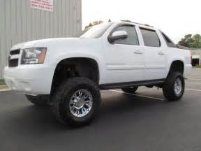 lifted chevy avalanche for sale images