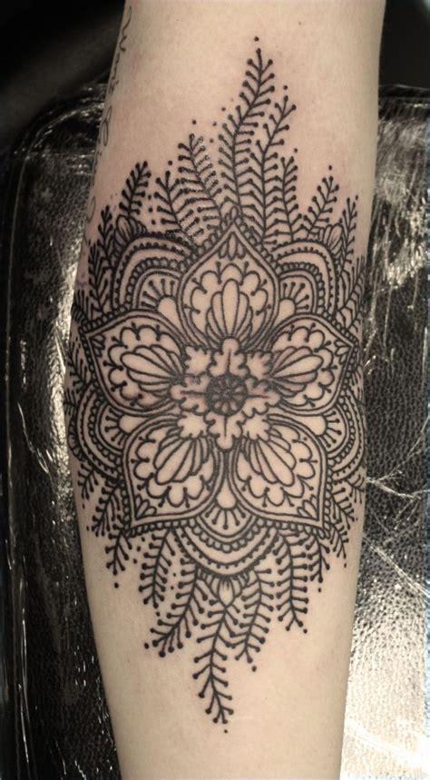 skinny tattoo mandala pit at boy