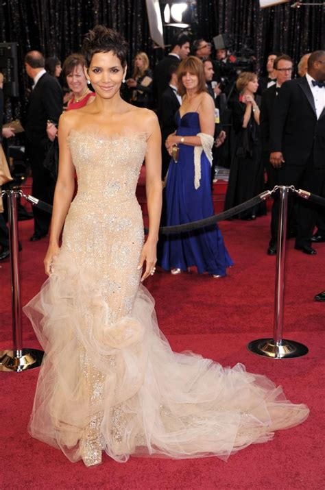 No Halle At The Oscars by Oscar 2016 Archives Fashionismo