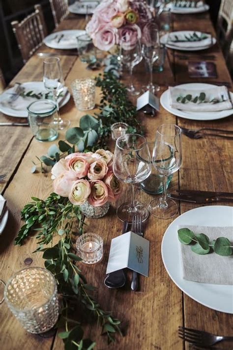 what s the difference between a rustic and boho wedding theme chwv