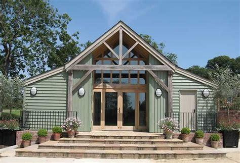 schuur tuin wedding venue in suffolk the garden barn