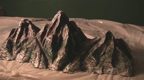 How To Make A Mountain Out Of Paper - mt everest rocky mountains wire model