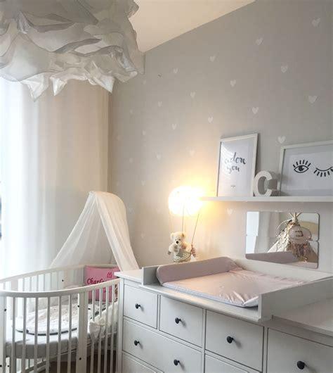 baby schlafzimmer stokke babybett kinderzimmer babyzimmer herzchen ikea