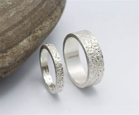 Besondere Hochzeitsringe by Wedding Ring Set 14k White Gold Textured Wedding Ring Unique