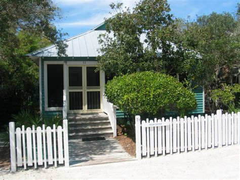 Florida Cottage by Catcher Cottage In Seaside Florida Small House