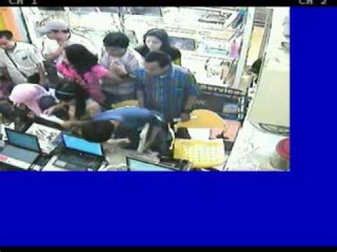 Laptop Dell Di Bec Bandung maling laptop di toko misi bec bandung 16 april 2009