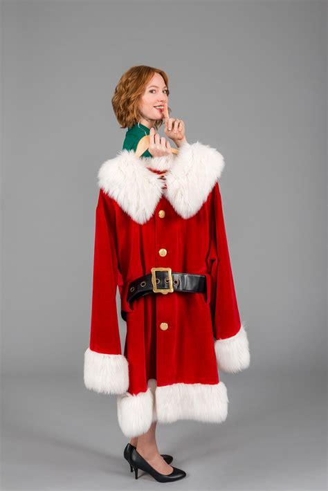 alicia witt christmas  cartwrights promo stills
