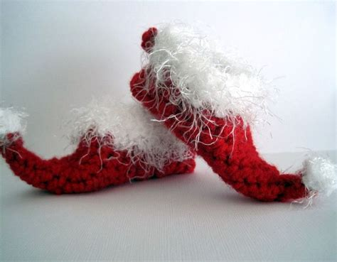 christmas house shoes crochet elf slippers baby booties christmas booties santa booties elf