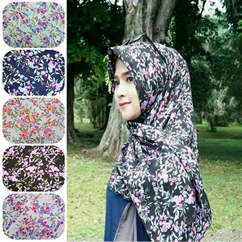 Jilbab Segi Empat Motif Bunga segi empat motif bunga humairah 2 terbaru 2017