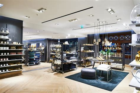 Hm Home Deutschland by Erster Flagship Store H M In Hamburg Beautypunk