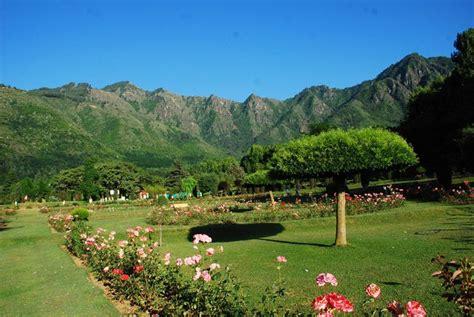 Botanical Gardens Of India Botanical Garden Srinagar Jk Inside