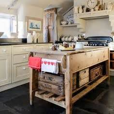 Kitchen Island Cabinets Uk 1000 Ideas About Rustic Kitchen Island On