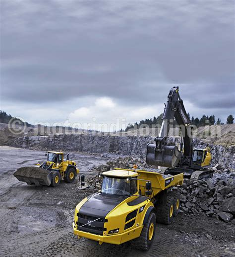 volvo construction equipment sets   north indian dealership