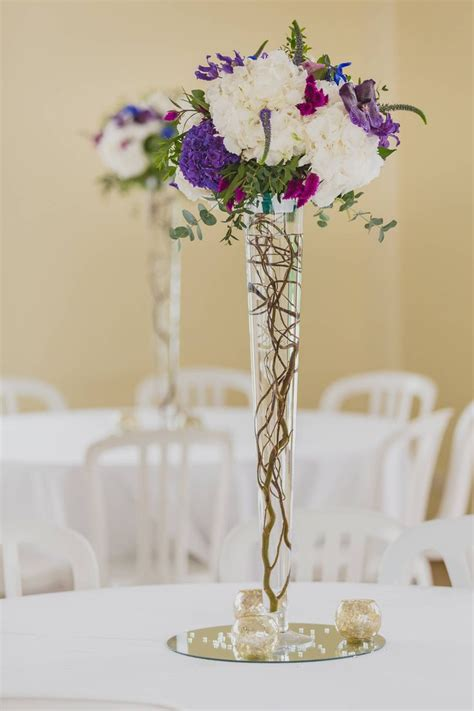 chaise boule composition boule de fleurs quot volume quot sur vase conique 80cm