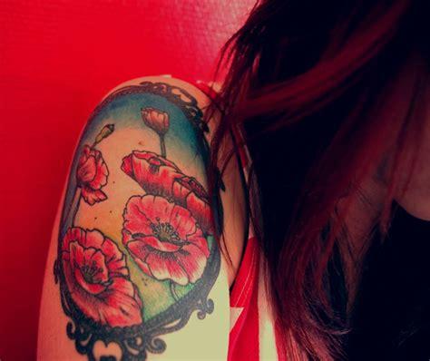 tattoo flower frame 21 traditional poppy tattoos