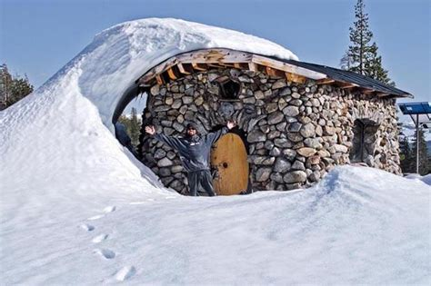 celebrated snowboarder s mountain home designs for living vt video pro snowboarder s off grid mountain abode cabin