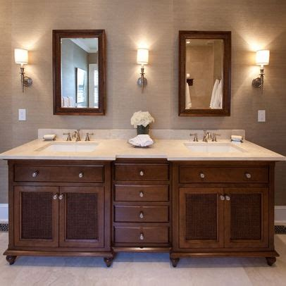 colonial style bathroom ideas best 25 british colonial style ideas on pinterest