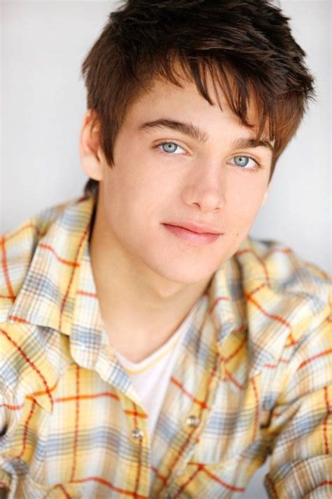male teen actors 2014 dylan sprayberry plays 13 year old clark kent in quot man of