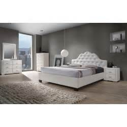 White Bedroom Set Queen Cassidy White Queen Size 5 Piece Bedroom Set By Dg Casa