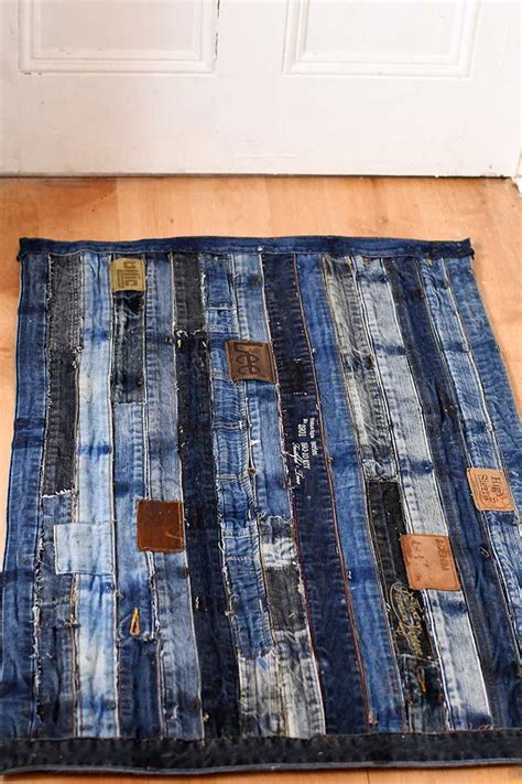 diy jean rug how to make a cool denim rug without sewing pillar box blue