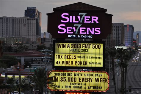 stripnit 7 times in vegas 7 years in books silver sevens hotel casino new sign lights up las