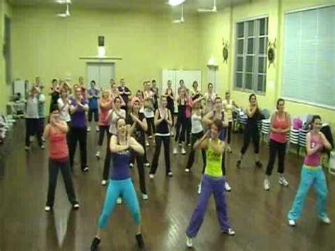 zumba tutorial mp4 download waka waka dance zumba for 1 goal free free mp4