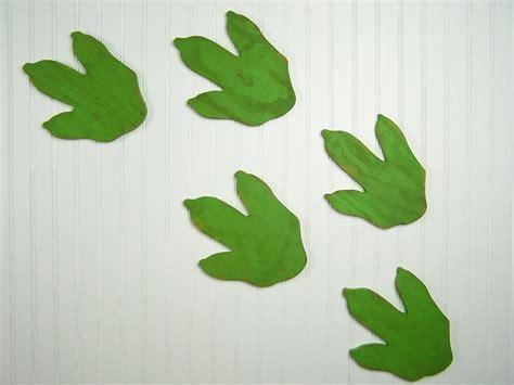Fe Set Dodo Kid 2w dinosaur decor wooden dinosaur footprints dinosaur nursery