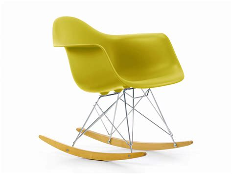vitra eames plastic armchair buy the vitra rar eames plastic armchair at nest co uk