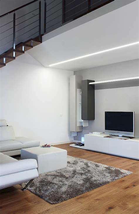 team italia illuminazione teamitalia open space con tagli di luce ad incasso