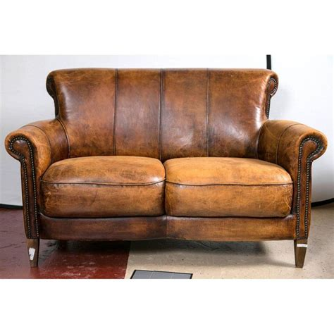 distressed leather sofas best 25 distressed leather ideas on