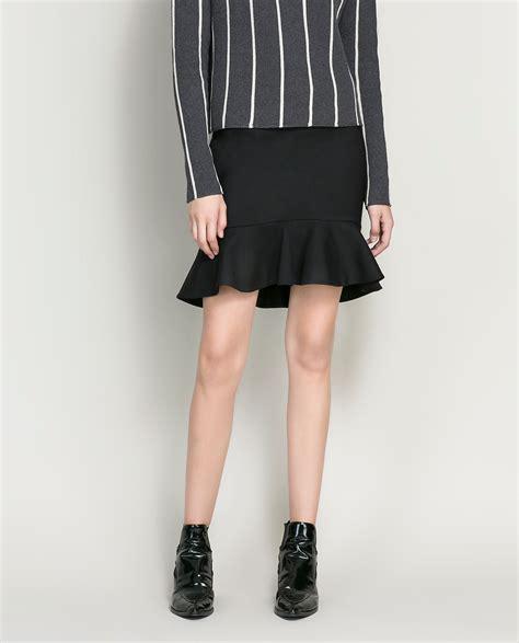 Zara Skirt zara pencil skirt with ruffle in black lyst